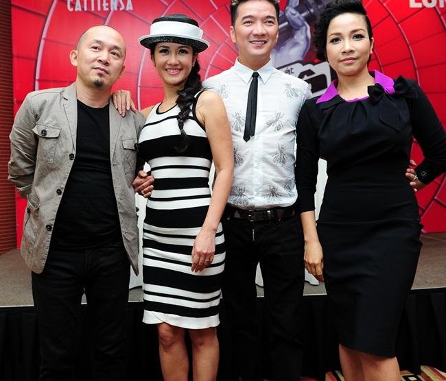 Hy vọng 4 HLV của Giọng hát Việt 2013 sẽ tránh được những lùm xùm không nên có và tập hợp được đội 'chiến binh' chất lượng cho mình.