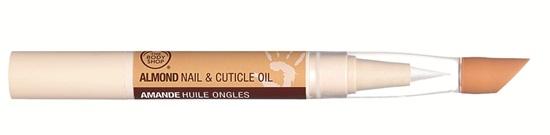 The Body Shop - Almond Nail & Cuticle Treatment: Bút dưỡng móng, làm khóe móng với thành phần dầu hạnh nhân và dầu ô liu. Giá: 239.000VND