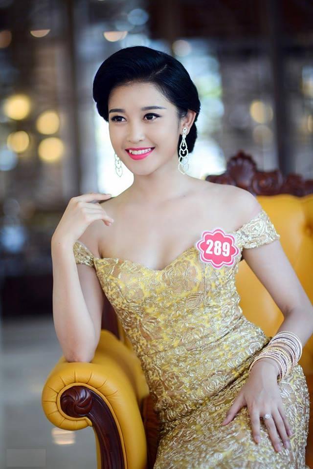 Trở về sau đêm chung kết Hoa hậu Việt Nam, Á hậu Huyền My tích cực tham gia  công tác từ thiện. Cô rất tự hào khi được làm Đại sứ từ ...
