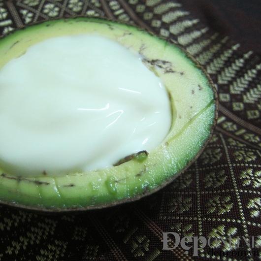 Dưỡng da mặt nạ trái bơ deponline