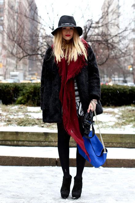 áo len oversize, boots, Streetstyle cho những ngày rét đậm