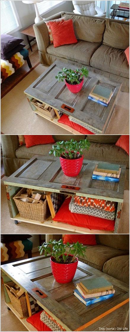 cửa cũ làm bàn cũ