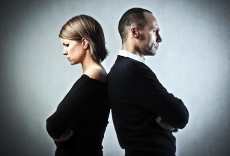 8 điều quý ông cần biết để tránh làm tổn thương vợ