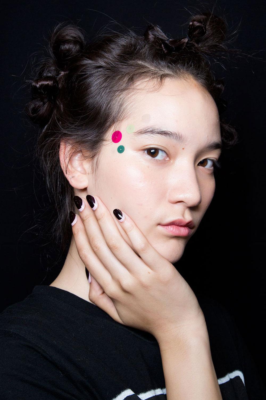 milan-fashion-week-lip-trend-deponline