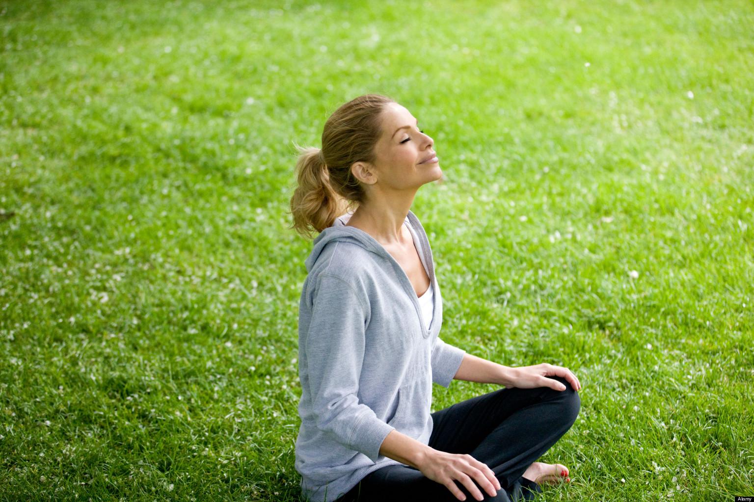 yoga-giam-stress-deponline