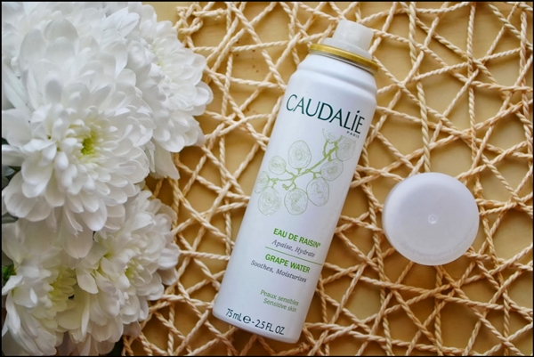 review-xit-khoang-caudalie-deponline