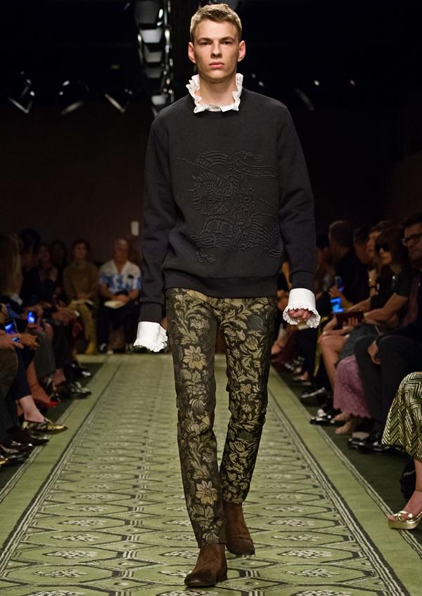 thời trang, Burberry bộ sưu tập Xuân Hè 2017