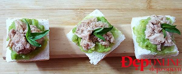 Salad bơ với thịt ba chỉ áp chảo, salad bơ cá ngừ, salad bơ tôm khô, salad ngon từ quả bơ, món ngon từ quả bơ