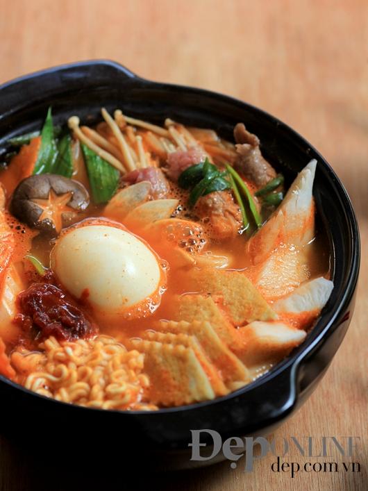 món ngon ngày lạnh, thực đơn ngày lạnh, món ăn khi trời mát, cá kho tộ, canh tom yum, món nướng, món lẩu