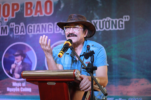 """Nguyễn Cường: """"Có một thời kỳ chúng ta không hướng ra biển"""""""