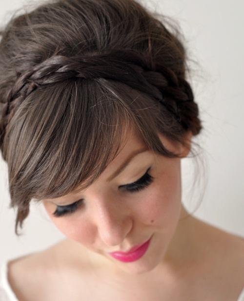 5957713003 bbfb0239b8 b Những kiểu búi tóc đơn giản mà đẹp cho các bạn gái.
