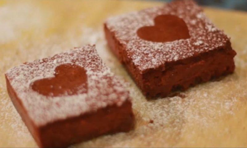 """Làm tặng người tình bánh """"Cheesecake tình yêu"""""""