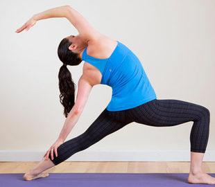 Bài tập yoga cho đùi thon, diện shorts hè thêm đẹp