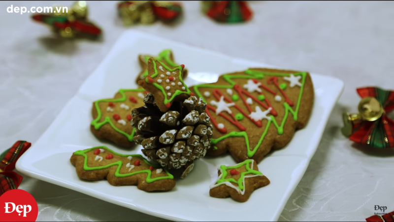 Bánh quy gừng (Gingerbread Cookies – Christmas Cake Recipe)