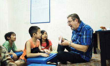 """Mr. Luc Gheysens: """"Không gì tuyệt vời hơn là giúp đỡ trẻ em học"""""""