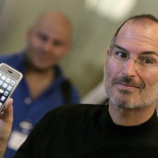 Sinh nhật 10 tuổi của iPhone: Phản ứng của mọi người về chiếc iPhone đầu tiên