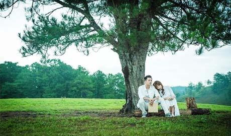 """""""49 ngày"""" II: Khóc cười cùng chuyện tình """"ma nữ"""" Hari Won và Ngô Kiến Huy"""