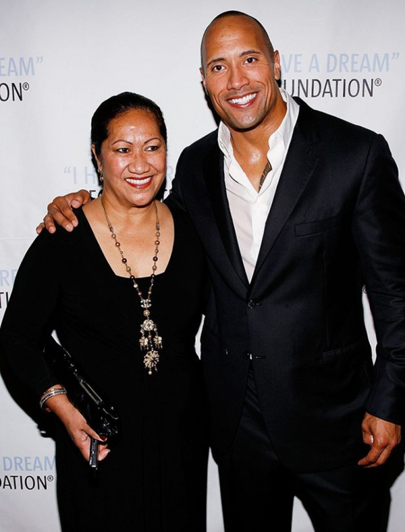 danongmagazine-dwayne_johnson_mother_-780x1024-copy