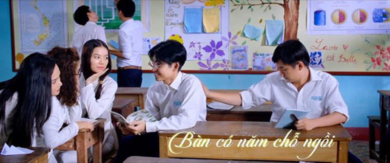 dol-co-gai-den-tu-hom-qua-movie-4-copy
