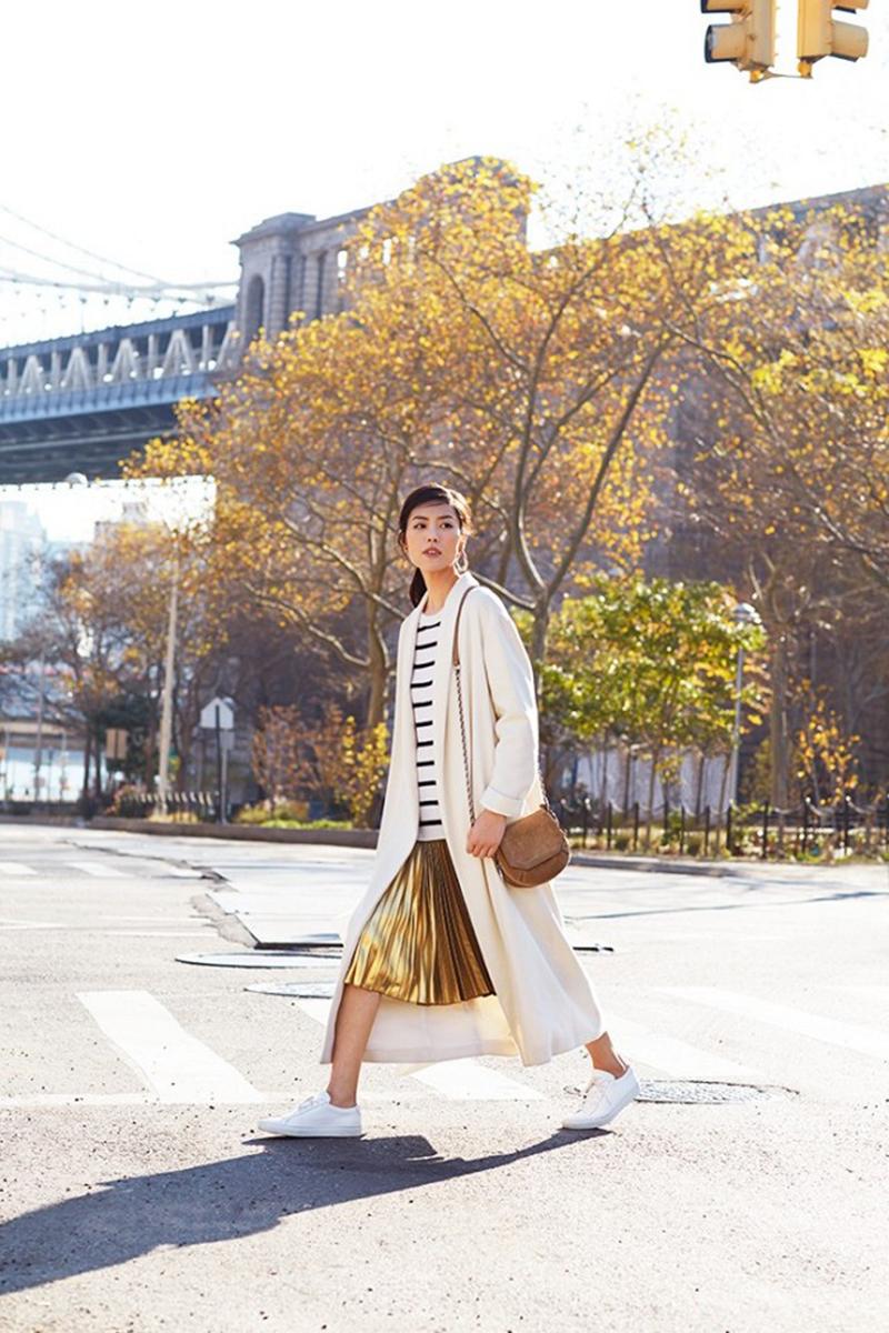 exclusive-liu-wen-models-3-stunning-beauty-looks-for-estee-lauder-1630001-1453410084-640x0c-copy