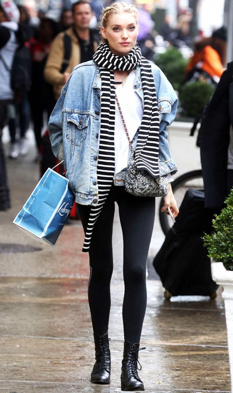 """Thiên thần Elsa Hosk với hình ảnh street style ấn tượng khi diện công thức quần leggings, áo khoác jeans dáng rộng cùng loạt phụ kiện """"không phải dạng vừa"""""""