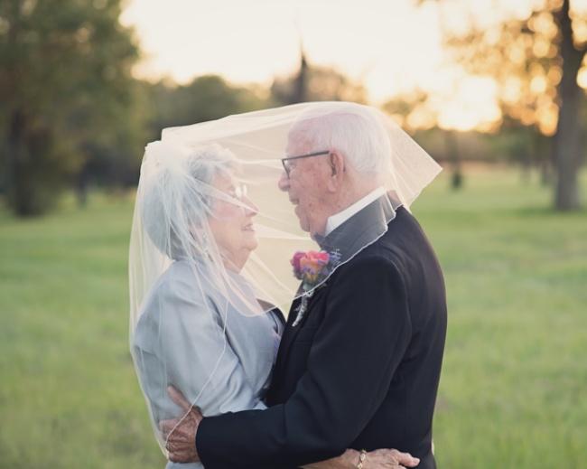 Cặp đôi U90 và bộ hình cưới cảm động sau70 năm chờ đợi