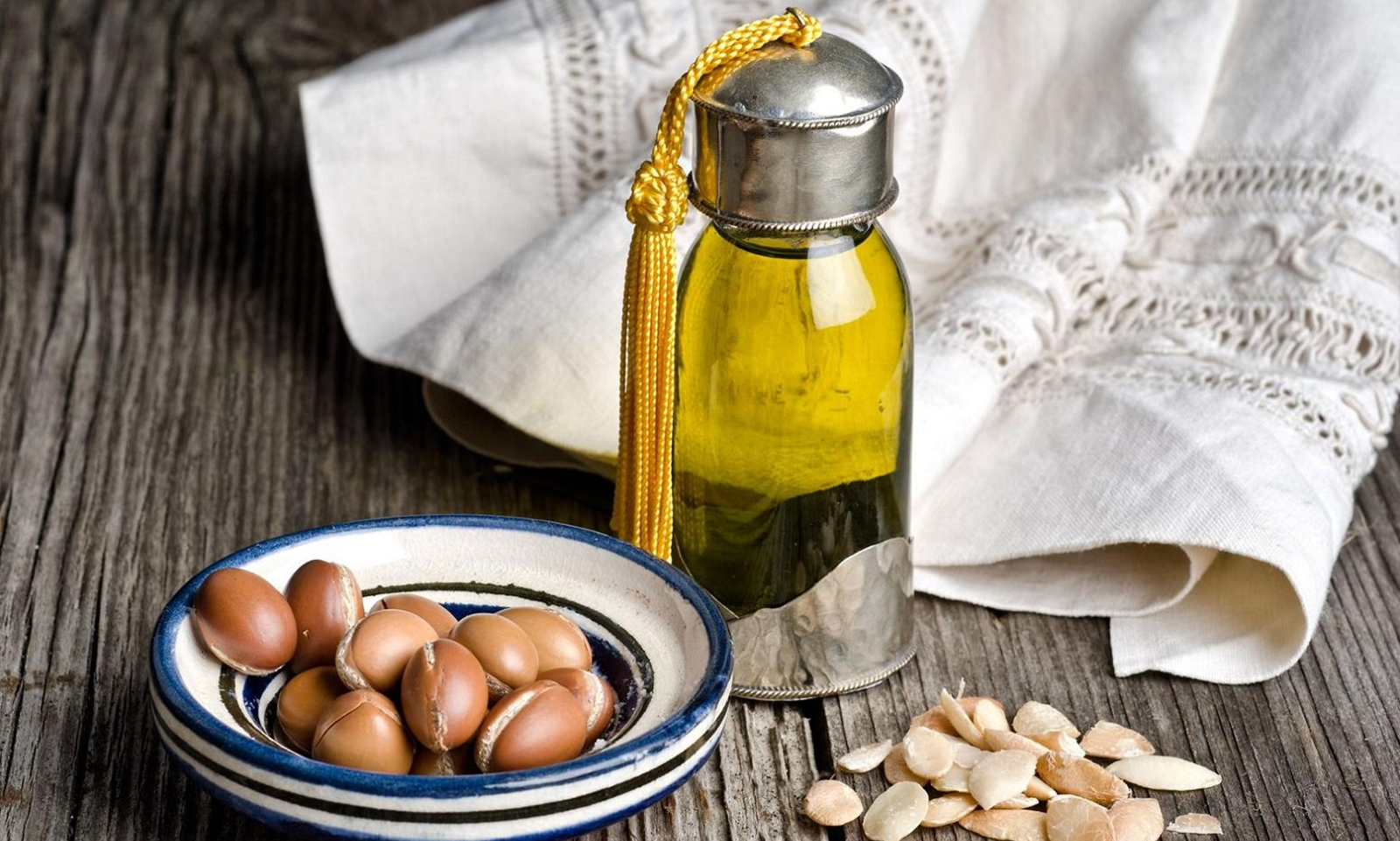 6 lí do bạn nên bắt đầu sử dụng dầu argan từ hôm nay