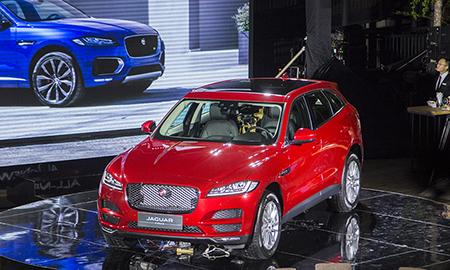 Jaguar đã bán 12 chiếc F-Pace ngay đêm ra mắt thị trường Việt