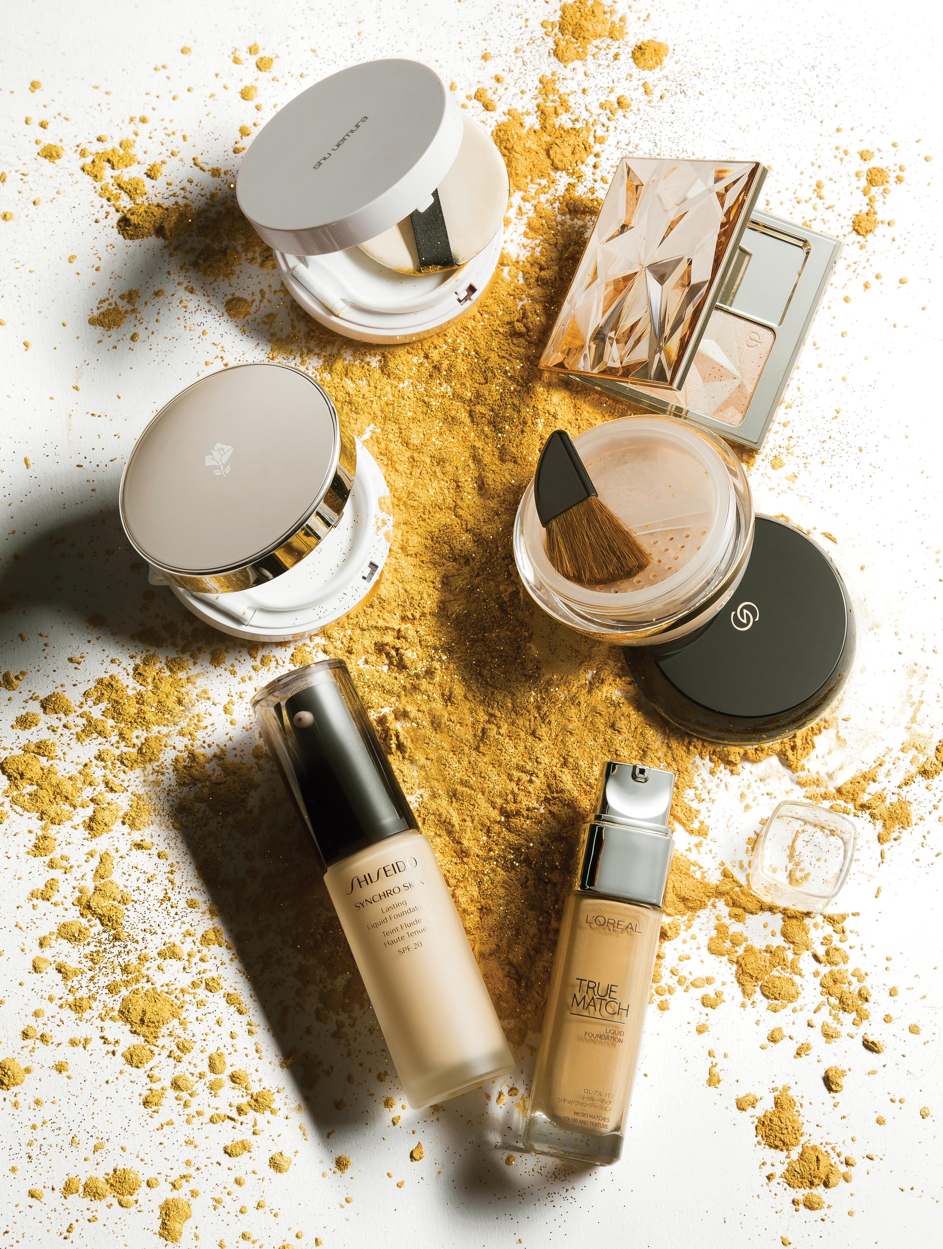 Các sản phẩm trang điểm nền ngày càng đa năng, phong phú về chất liệu và màu sắc thích hợp với mọi loại da.