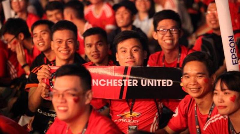 Cuồng nhiệt cùng 3000 fan Manchester United ở #ILOVEUNITED qua ảnh
