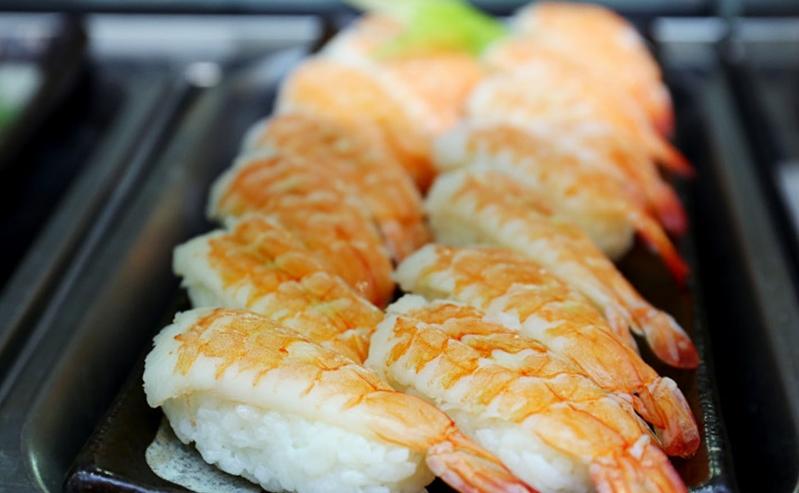 Ngoài những món ăn Việt Nam, Việt Kitchen vẫn phục vụ ẩm thực các nước Đông Nam Á