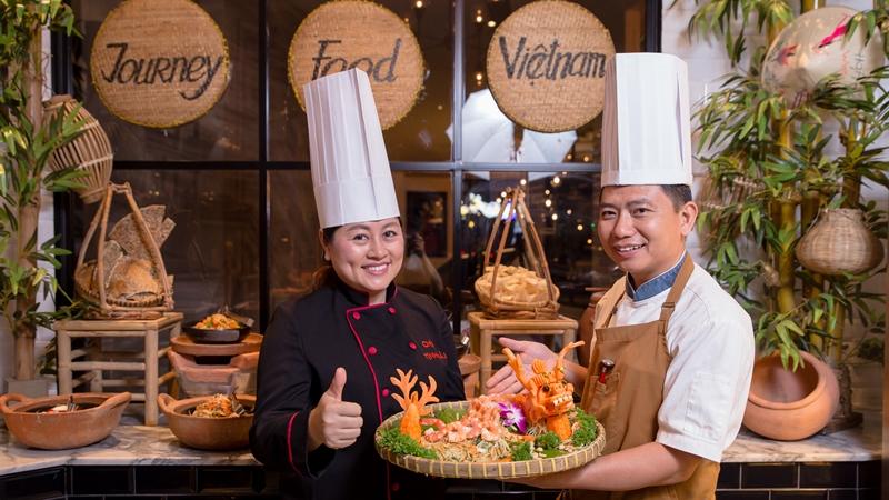 8 tháng 3, hẹn yêu thương ở Việt Kitchen