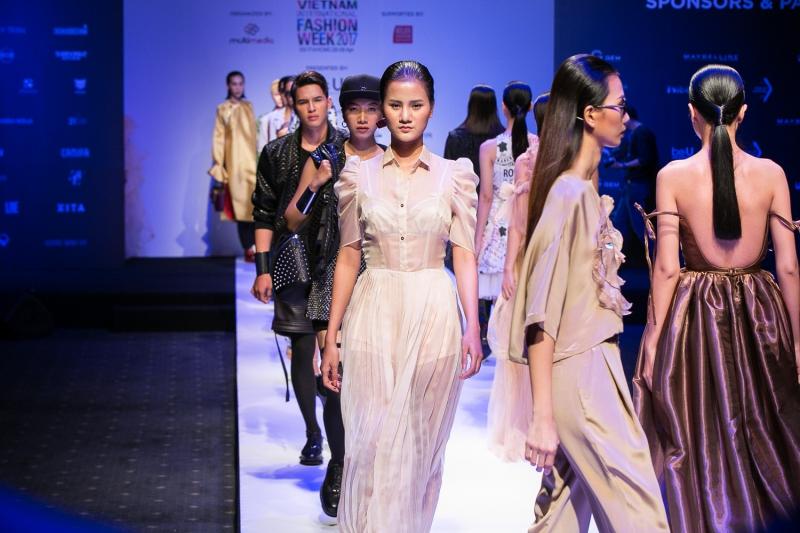 Tuần lễ Thời trang Quốc tế Việt Nam trở lại với mùa mốt Xuân Hè 2017