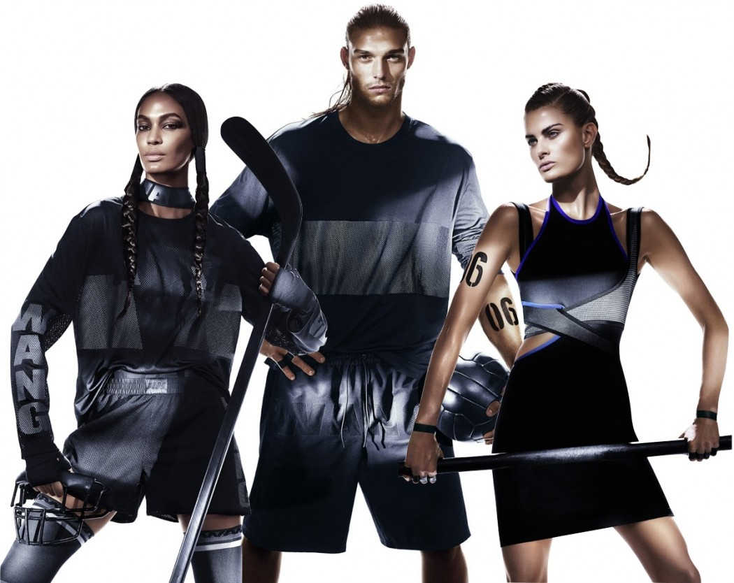 Năm 2014, H&M cho ra mắt bộ sưu tập kết hợp với Alexander Wang trong chuỗi những bộ sưu tập nổi tiếng của mình. Các thiết kế đậm tinh thần thể thao trở thành một trong những bộ sưu tập bán chạy nhất của H&M từ trước đến nay.