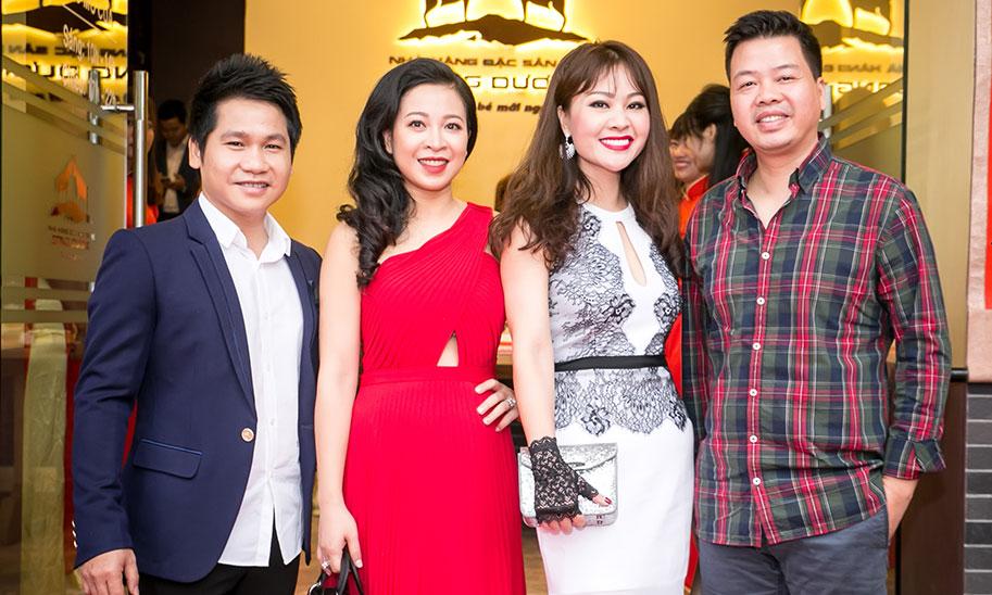 Vợ chồng Đăng Dương, Việt Hoàn hội ngộ mừng Trọng Tấn