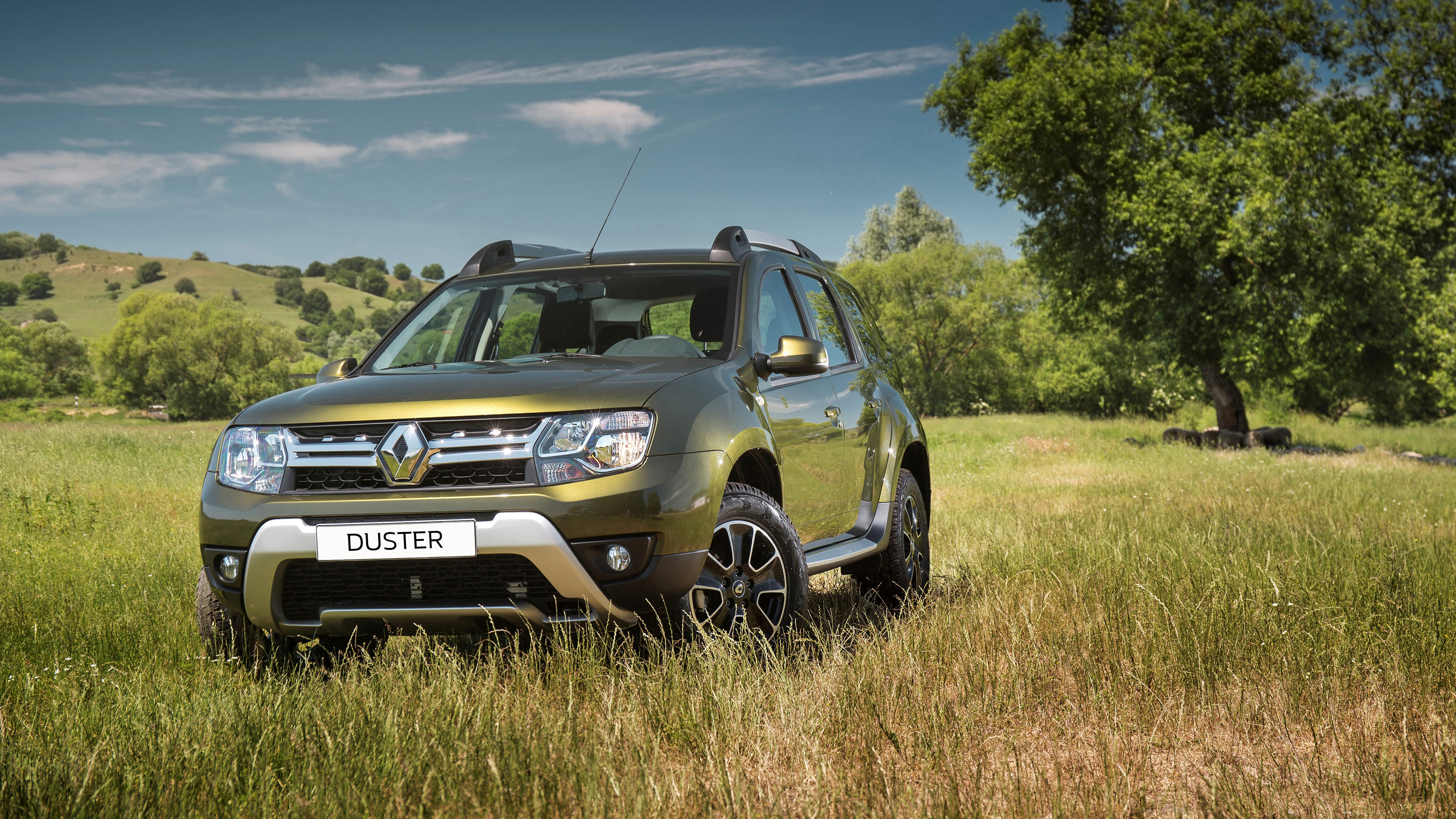 renault-duster-green-pack1-3840x2160-10