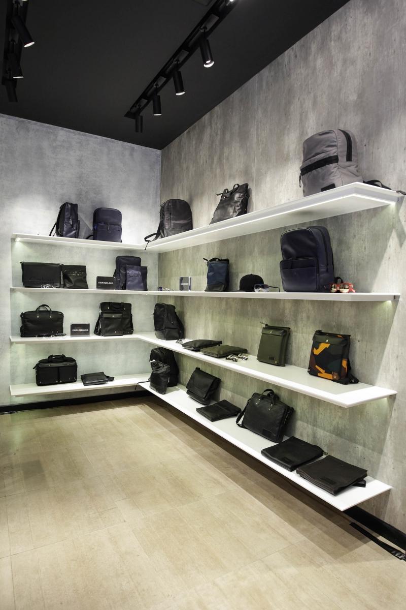 20170519_calvinklein_deponlinecalvin-klein-jeans-vn-hanoi-store-opening-atmosphere-11-051817_ph_kyanh