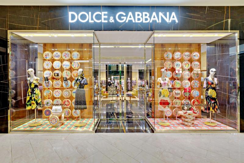Choáng ngợp trong không gian đậm chất Ý của Dolce & Gabbana tại Việt Nam