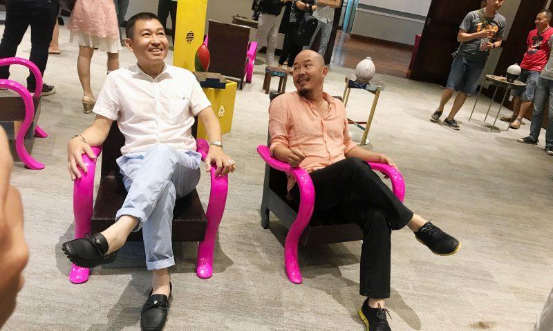 """Đinh Công Đạt """"Múa đôi"""" với Lê Thiết Cương ở Hà Nội"""