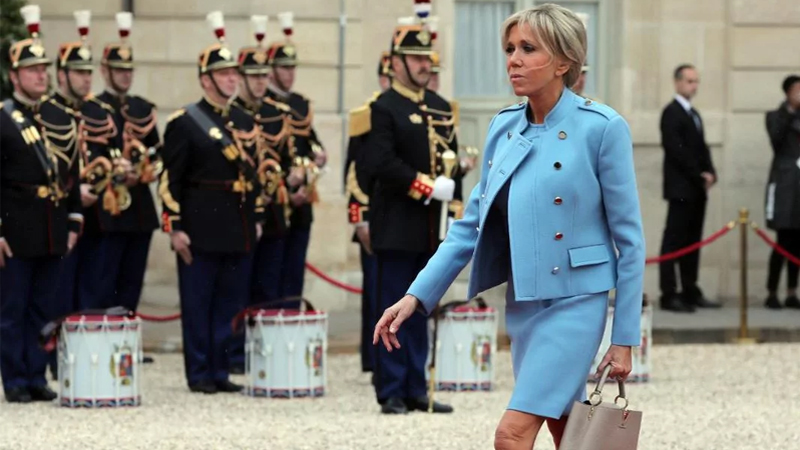Tân Đệ nhất Phu nhân Pháp cuốn hút với trang phục Louis Vuitton