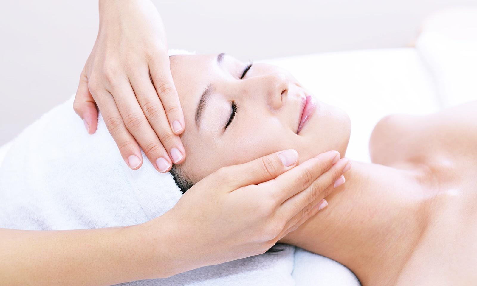 Botox xưa rồi, giờ phái đẹp chăm da bằng những liệu pháp này cơ!