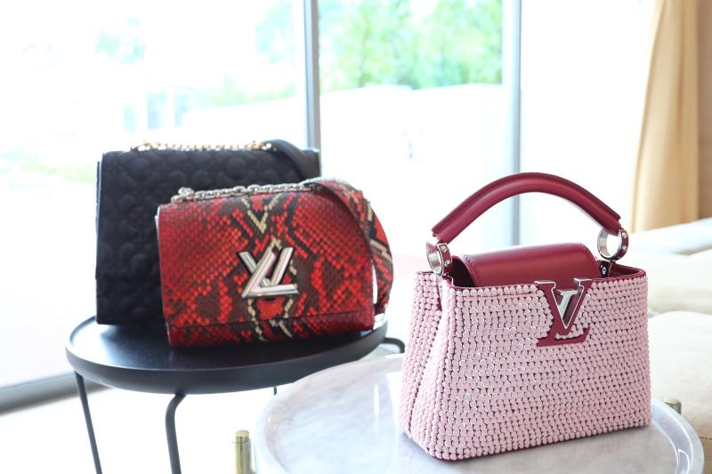 Những mẫu túi xách New Classics của Louis Vuitton đã khẳng định được sức hấp dẫn của mình, trở thành những biểu tượng mới của thương hiệu hơn 160 năm tuổi này.