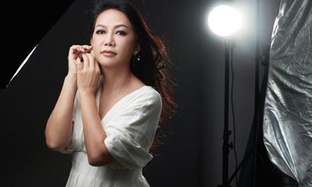 Kim Khánh: Tôi đã từng bị bạn thân cướp người yêu trước ngày cưới