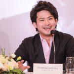 Tài năng 9X Fumiaki Miura từng tập violon để nhận phần thưởng đồ ăn