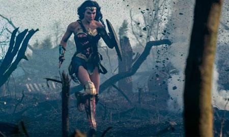"""""""Wonder Woman"""" giành 2 giải thưởng lớn của Golden Trailer Awards"""