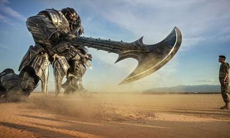 """""""Transformers 5"""" mở màn chậm chạp nhưng vẫn đứng đầu Bắc Mỹ"""