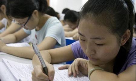 Học sinh Trung Quốc có thể lãnh án 7 năm tù nếu gian lận thi cử