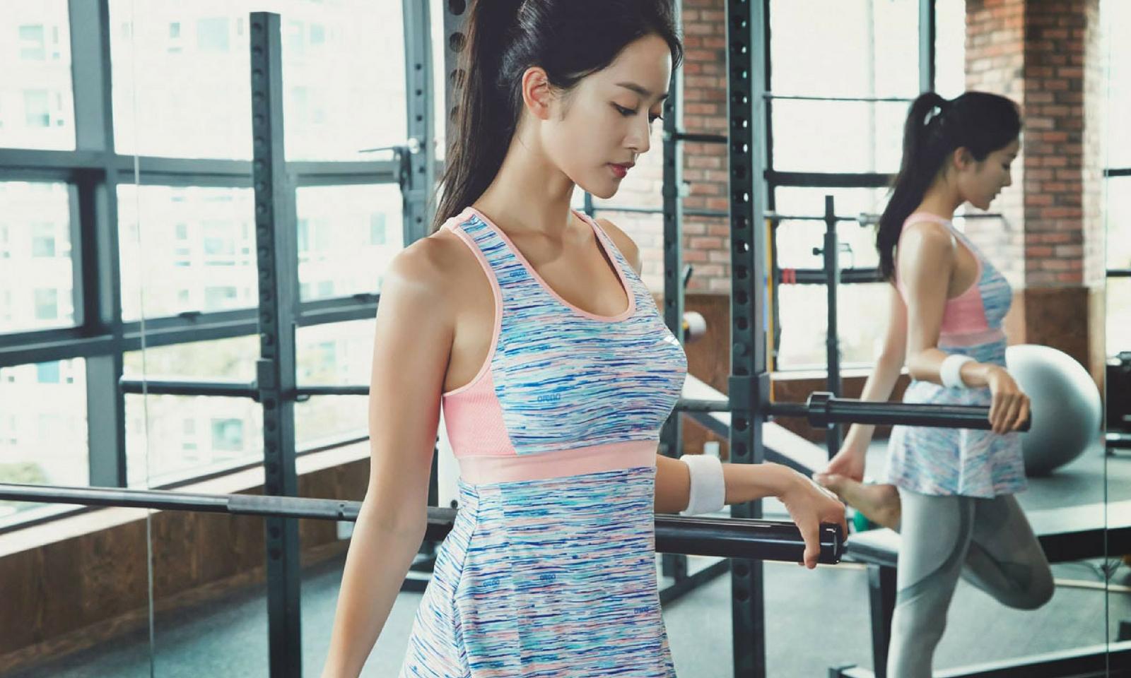 Bạn có đang tập squat sai cách?