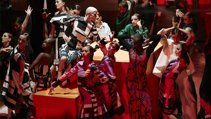 Hermès Club: Không gian nghệ thuật riêng tư dành cho những người phụ nữ Hermès