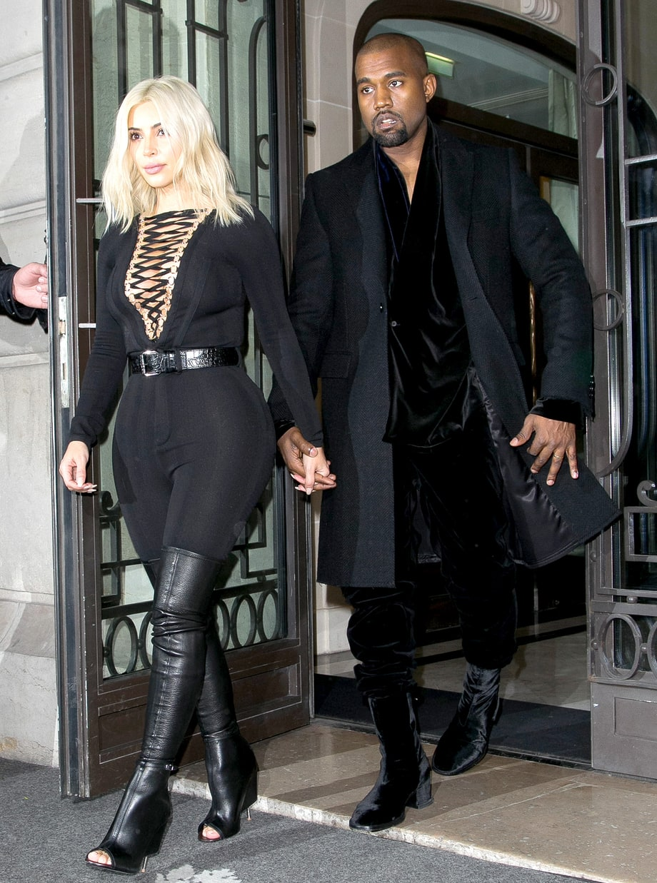 1426177115_kanye-west-boots-zoom